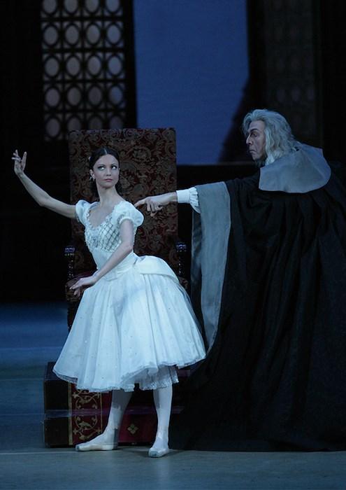 Bolshoi Ballet: Coppelia