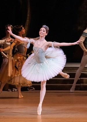 Bolshoi Ballet: Raymonda 19/20 Season